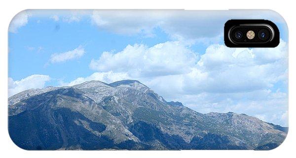 Mount Maroma IPhone Case