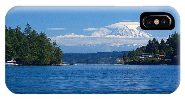 Mount Rainier Lenticular IPhone Case