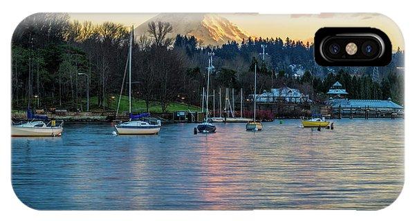 Mt Rainier In View IPhone Case