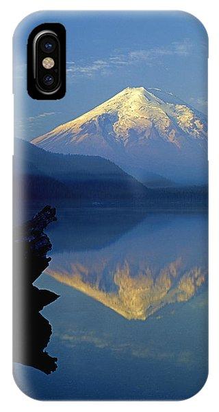 1m4907-v-mt. St. Helens Reflect V  IPhone Case