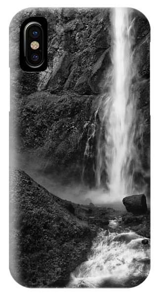 Multnomah Falls In Black And White IPhone Case