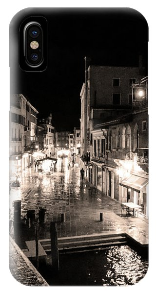 Mysterious Venice Monochrom IPhone Case