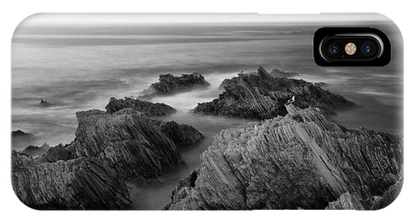 Mystical Moment Bw IPhone Case