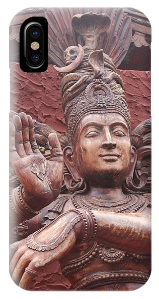 Nataraj, Fort Kochi IPhone Case