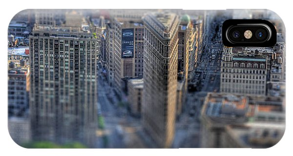 New York Toy Story - Flatiron Building IPhone Case