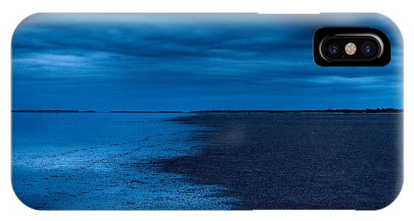 IPhone Case featuring the photograph Night Moves In by Julian Cook