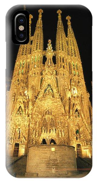 Barcelona iPhone Case - Night View Of Antoni Gaudis La Sagrada by Richard Nowitz