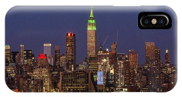 St. Patricks Day iPhone Case - Ny Skyline-st Patrick's Day Green by Regina Geoghan