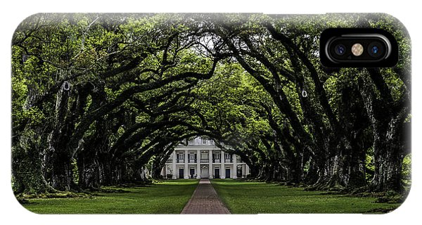 Oak Alley Plantation, Vacherie, Louisiana IPhone Case