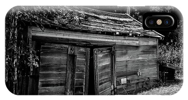 Old Abandoned Shed Fort Ross In Black And White IPhone Case
