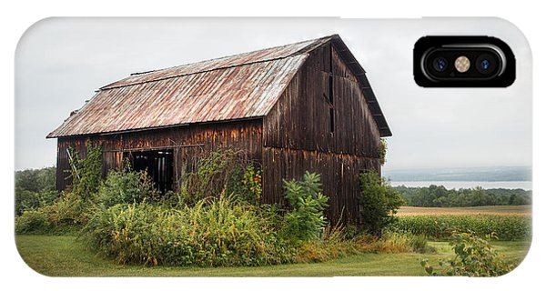 Old Barn On Seneca Lake - Finger Lakes - New York State IPhone Case