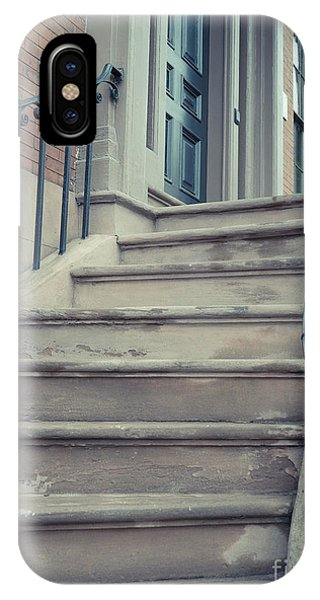 Brownstone iPhone Case - Old Brownstone Staircase by Edward Fielding