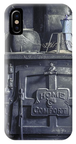 Old Kitchen Stove IPhone Case