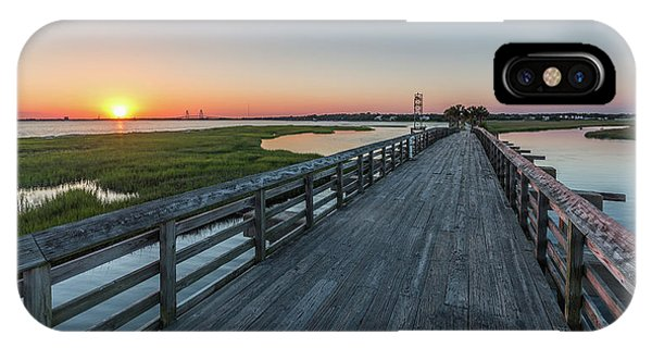 Old Pitt Street Bridge  IPhone Case