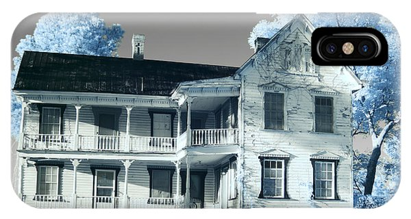 Old Shull House In 642 IPhone Case