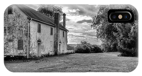 Old Stone House Black And White IPhone Case