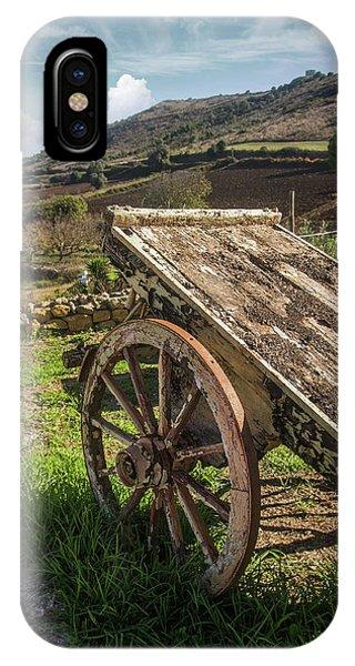 Wagon Wheel iPhone Case - Old Wagon by Carlos Caetano