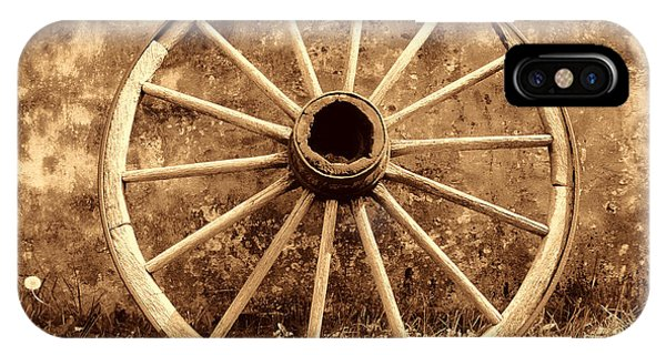 Old Wagon Wheel IPhone Case
