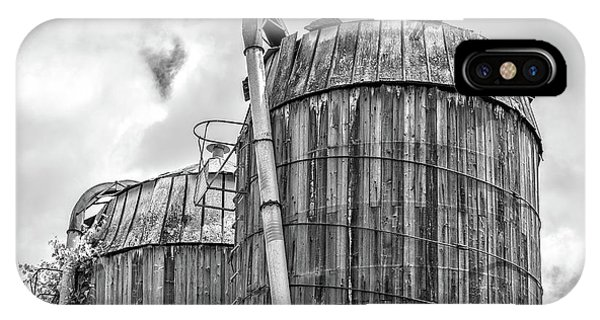 Silo iPhone Case - Old Wooden Silos Ely Vermont by Edward Fielding