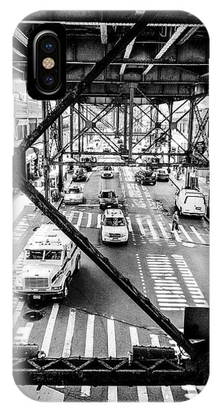 On The Go In Queens, Ny Phone Case by JMerrickMedia