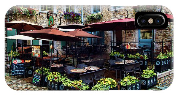 Quebec City iPhone Case - Outdoor French Cafe In Old Quebec City by David Smith