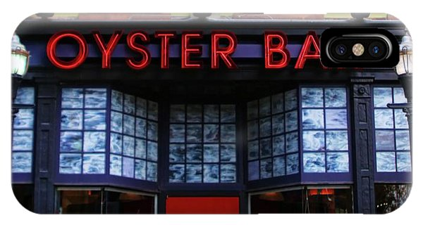 Oyster Bar iPhone Case - Oyster Bar by Ely Arsha