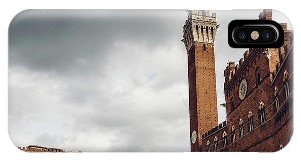 Palazzo Pubblico, Siena, Tuscany, Italy IPhone Case