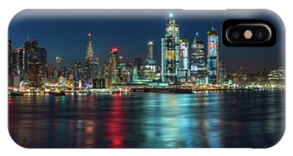 IPhone Case featuring the photograph Panoramic Skyline-manhattan by Francisco Gomez