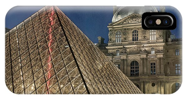 Louvre iPhone Case - Paris Louvre by Juli Scalzi