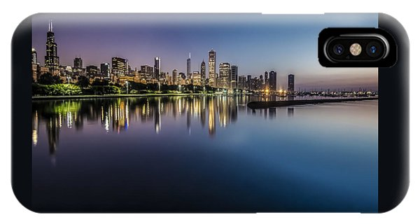 Peaceful Summer Dawn Scene On Chicago's Lakefront IPhone Case
