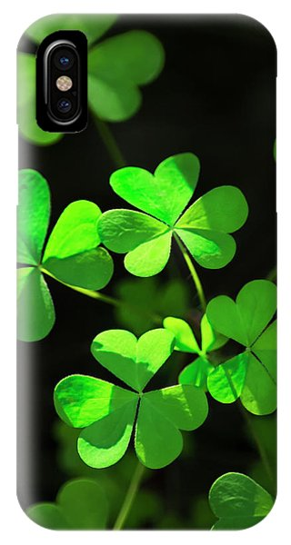 Perfect Green Shamrock Clovers IPhone Case