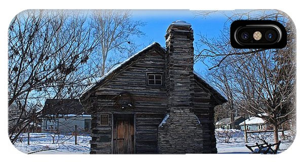 Peter Navarre Cabin I IPhone Case