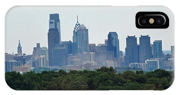 Philadelphia Green Skyline IPhone Case
