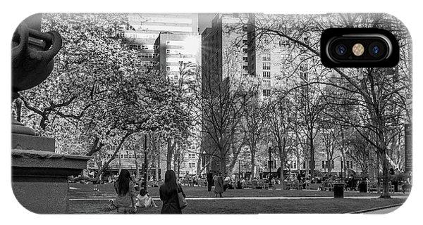 Philadelphia Street Photography - 0902 IPhone Case