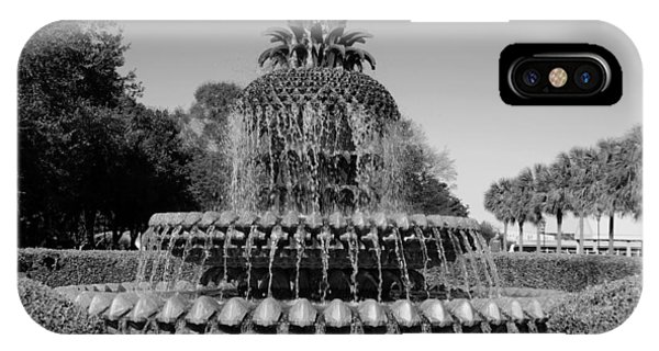 Pineapple Fountain Charleston Sc Black And White IPhone Case