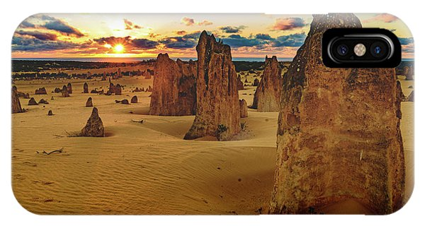 Pinnacles 8 IPhone Case