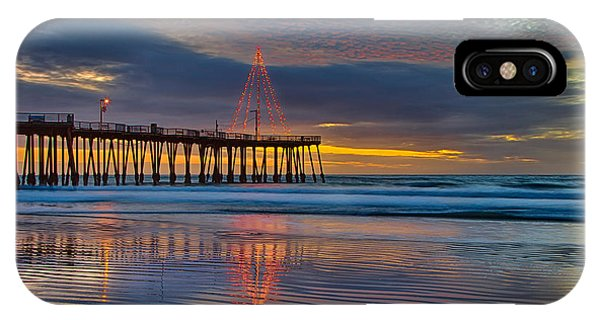 Pismo Beach Christmas IPhone Case