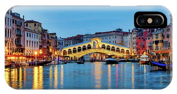 IPhone Case featuring the photograph Ponte Di Rialto by Fabrizio Troiani