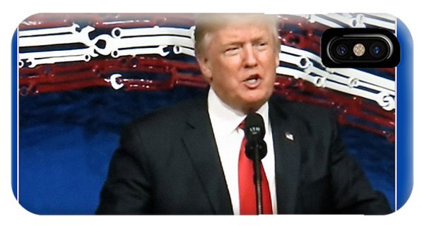 President Trump Giving A Speech At Snap On Tools IPhone Case