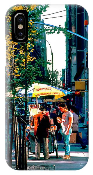 Hot Dog Stand Nyc Late Afternoon Ik IPhone Case