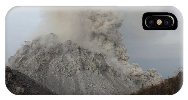 Pyroclastic Flow iPhone Case - Pyroclastic Flow Descending Flank by Richard Roscoe