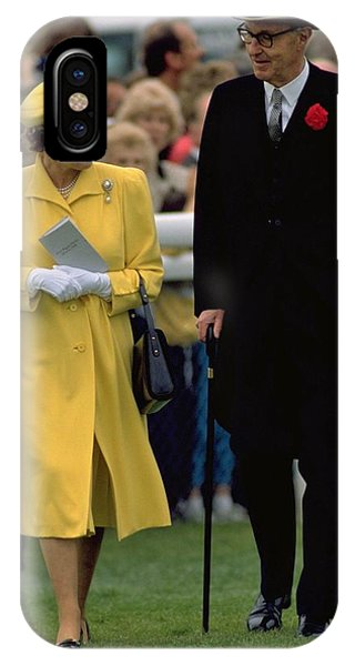 Queen Elizabeth Inspects The Horses IPhone Case
