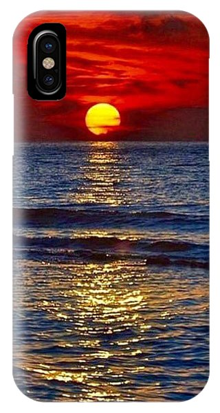 Quiet On The Ocean IPhone Case