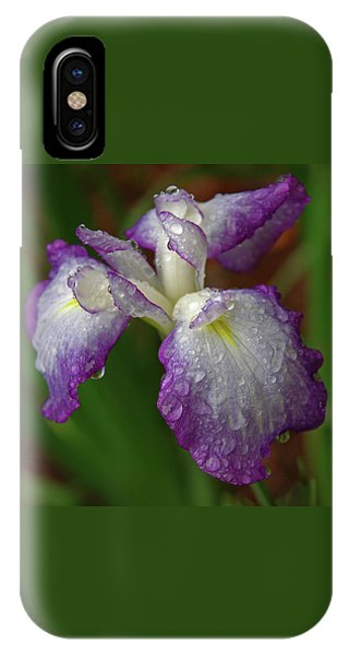 Rain-soaked Iris IPhone Case