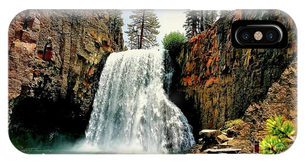 Rainbow Falls 8 IPhone Case