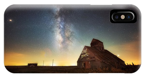 Rattlesnake Silo Barn IPhone Case