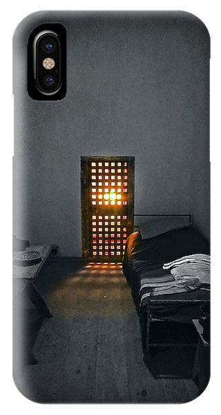 Bed iPhone Case - Rays Of Freedom by Evelina Kremsdorf