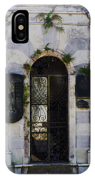 Recoleta Door IPhone Case