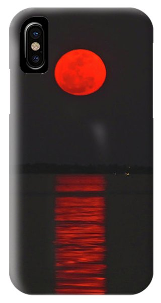 Red Moon Rising  IPhone Case
