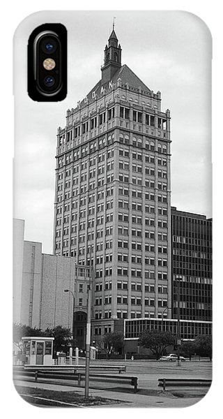 Rochester, Ny - Kodak Building 2005 Bw IPhone Case
